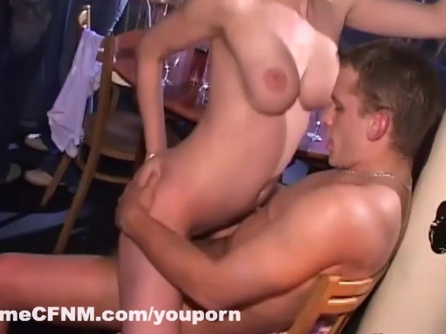 2 Shemales Fuck Each Other