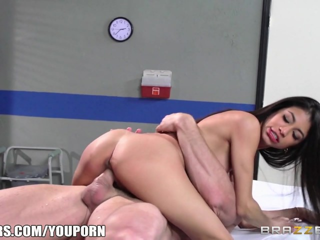 Pelicula porno veronica rodriguez Veronica Rodriguez Fucks Her Doctor Brazzers Free Xxx Porn Videos Oyoh