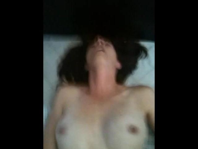 Rubbing Her Clit Till She Cums