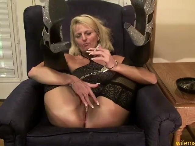 Amateur Blonde Mature Creampie