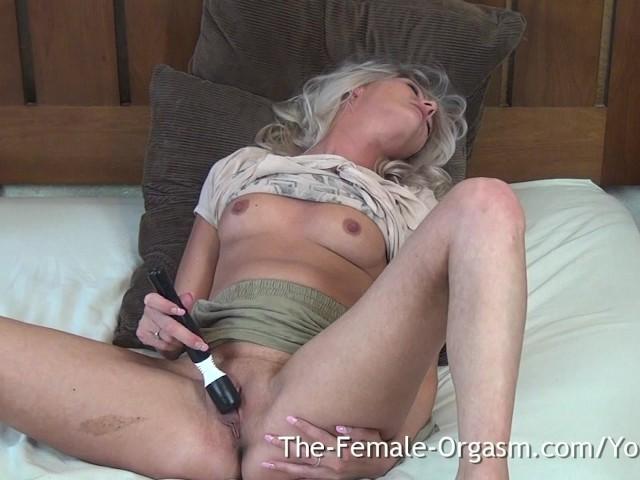 Teen Girl Schütteln Solo Orgasmus