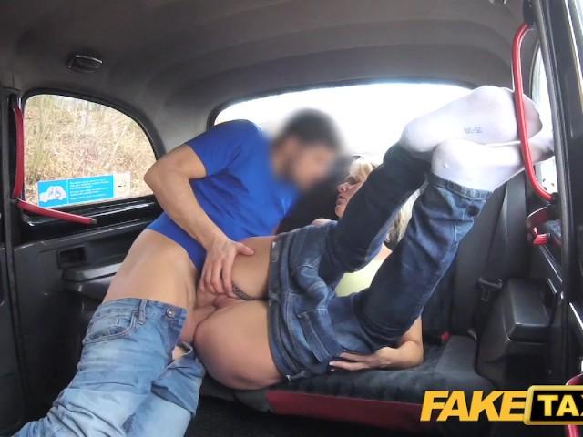 Brünette Tschechisch Fake Taxi Pursue
