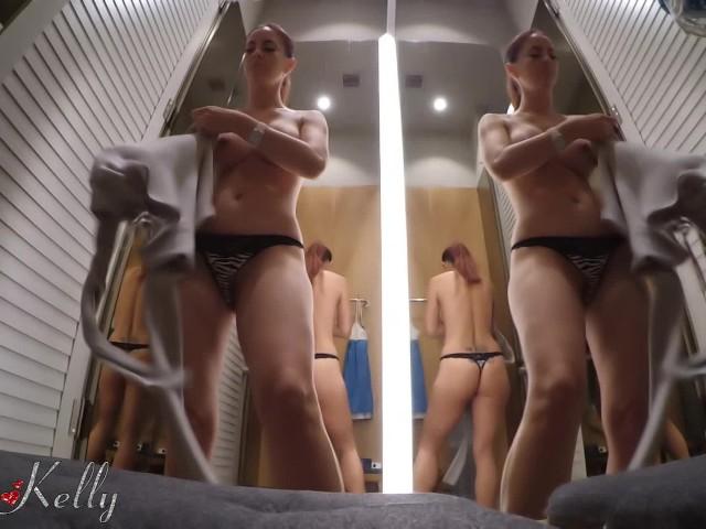 Umkleidekabine Teen masturbiert oci.qloudable.com