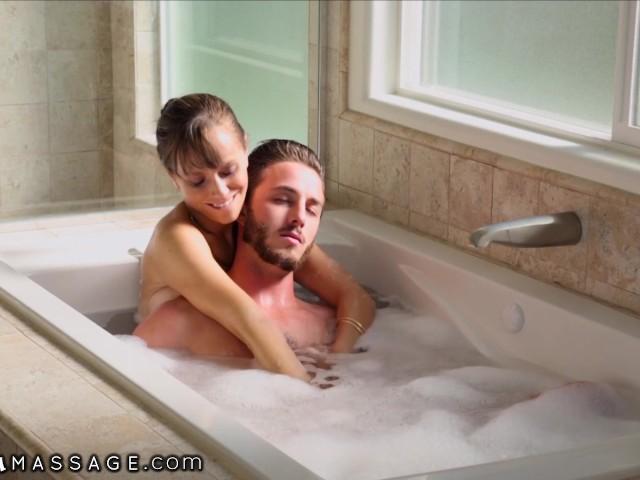 Met Tarra White in de badkuip