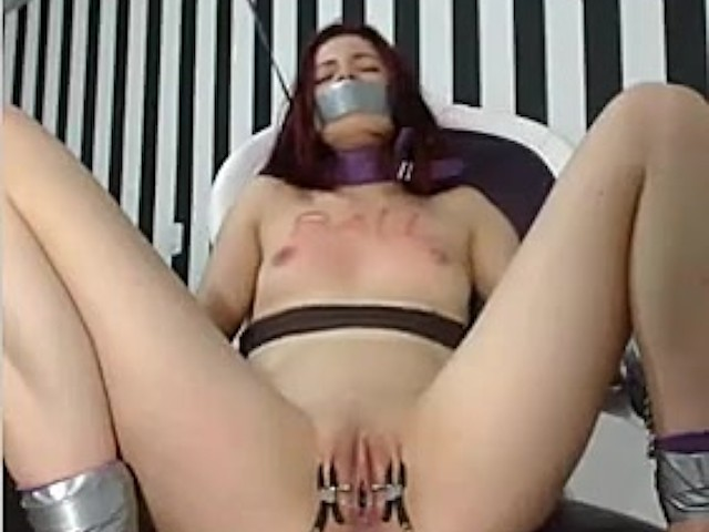 Pussy Licking Squirt Bondage