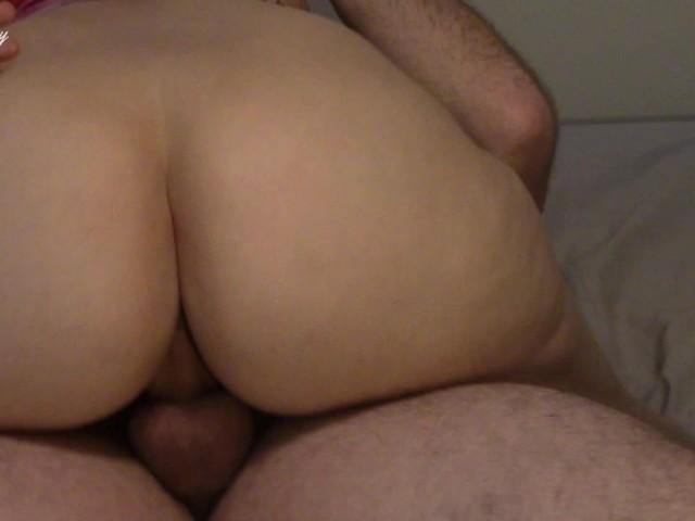 Bubble Butt Milf Creampie