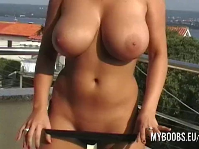 Busty babe nude