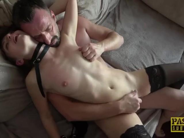 Nackt penis hoppe marius Adam sucht