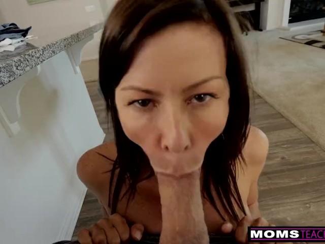 Schritt Mütter Brüste Gefangen Spionage Mutter Inzest