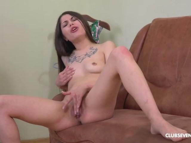 Sexy Pinay Teen Masturbation