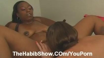 Big Ass Pussy Licking Lesbians
