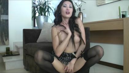 İç çamaşırı parmak seksi esmer Asya-sikiyor orgazm amcık