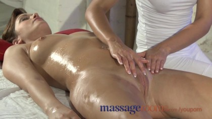 Guy massaging big tits Massage Rooms Beautiful Big Tits Girl Squirts And Gets Pumped By Horny Guy Free Xxx Porn Videos Oyoh