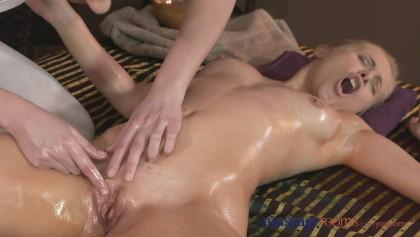 Massage Zimmer Muschi reiben