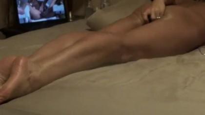 Wife wanking to orgasm - xxx pics