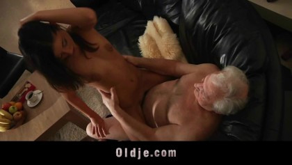 Fat grandpa's big cock hard sucked by horny hot babe