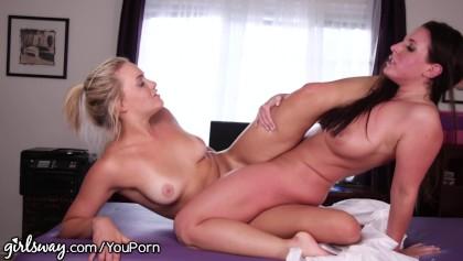 Girlsway Mia Malkova and Angela White Scissor!