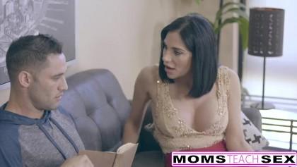 Pov Sohn Schritt Teaches Sex Mutter Brother and