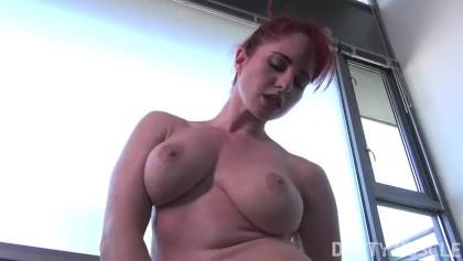 Zrzka v Amatérským pornu
