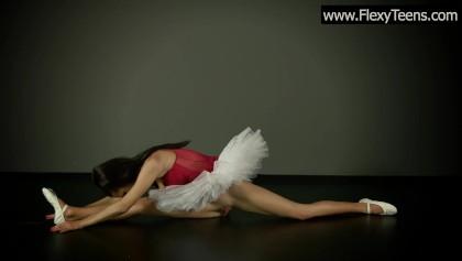 Самая сексуальная балерина - порно фото