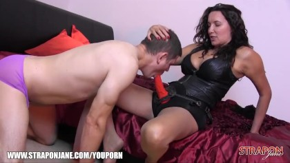Michelle Myers Works Her Delicious Snatch Hard