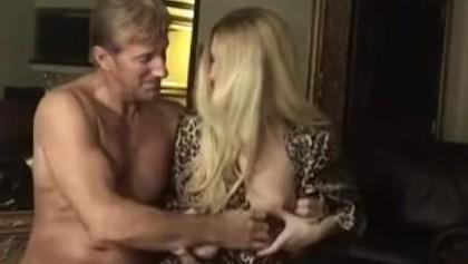 Ебут Первый Раз Порно