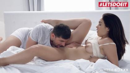 Beyaz Boxxx - Ginebra Bellucci Çok Sıcak Erotik Ve Romantik Anal Sevişme