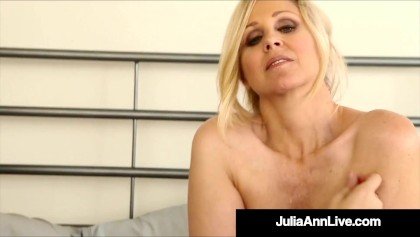 Julia Ann, een ongelooflijke MILF