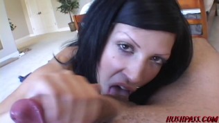 Naughty Roxy gets you off with a Virtual Blowjob